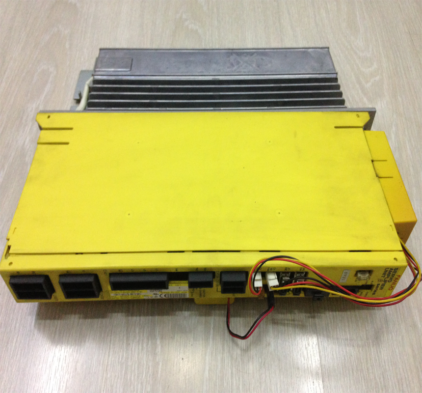Fanuc A06B-6093-H113 servo amplifier unit
